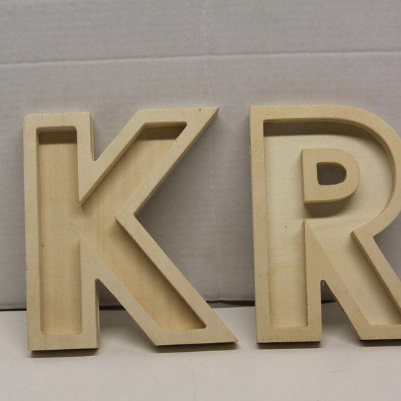 "Wooden Letters ""K"" & ""R"""